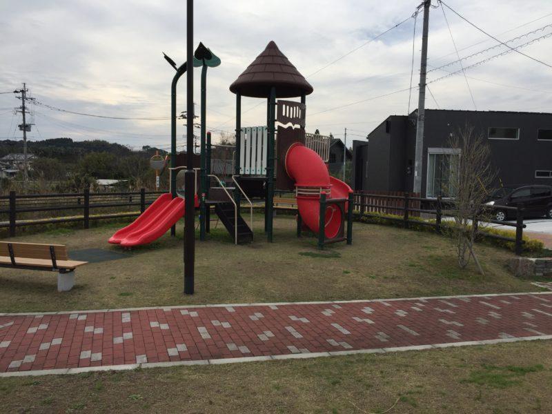 住宅地内の公園
